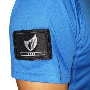 seguridad-defensa-personal-camiseta-detalle-escudo